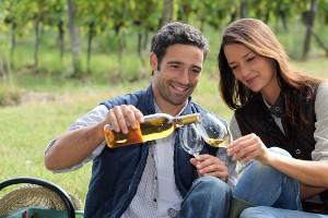 Picknicken met een klein flesje wijn