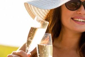 Drie goede redenen om een fles champagne te ontkurken