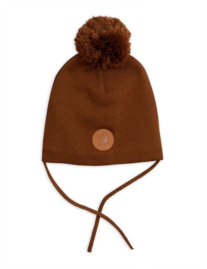 Penguin Hat Brown Small Heroes Kidsconceptstore