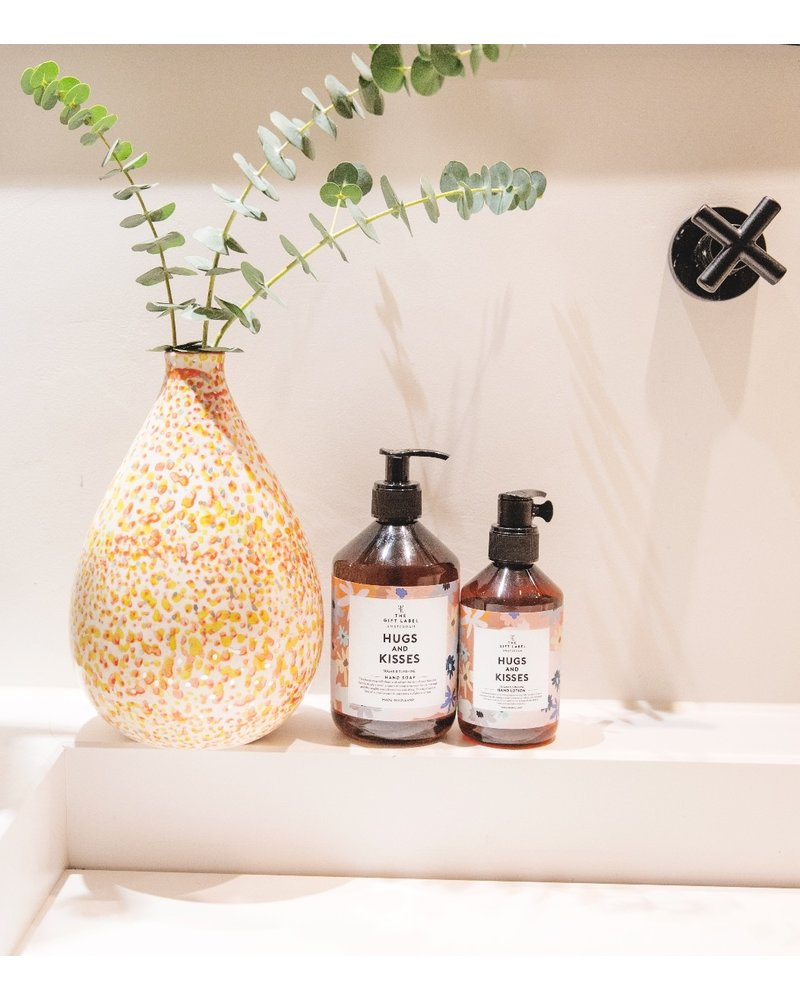 TheGiftLabel Handsoap - Hugs And Kisses