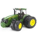 Bruder Bruder John Deere 7930 Tractor Met Dubbele Luchtbanden 03052