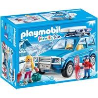 4x4 met dakkoffer Playmobil