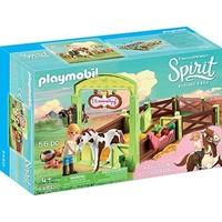 Abigail en Boomerang met paardenbox Playmobil