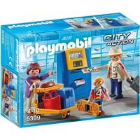 Vakantiegangers aan incheckbalie Playmobil