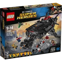 Flying Fox: Batmobile luchtbrugaanval Lego