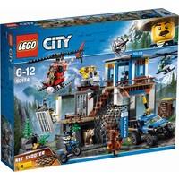 Politiekantoor op de berg Lego