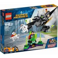 Superman en Krypto werken samen Lego