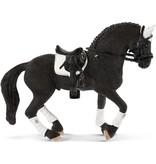 Schleich Schleich Fries wedstrijd hengst 42457 - Paard Speelfiguur - Horse Club - 15 x 8,2 x 18 cm