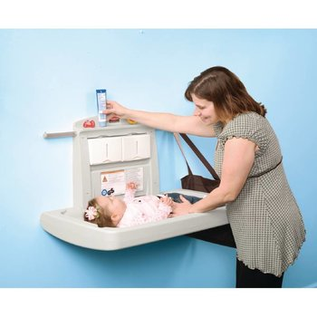 Opklapbare baby commode - Rubbermaid