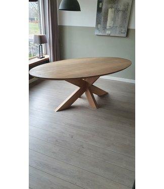 Ovale eiken tafel | Houten spinpoot | Haarlem