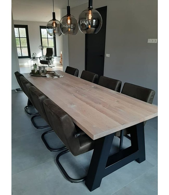 Industriële tafel | Eiken | Onderstel metalen A | Zaandam