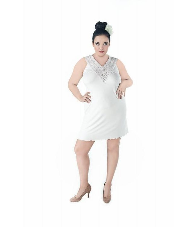 Andalea DELICATE V-NECK CHEMISE MADE OF SOFT FABRIC