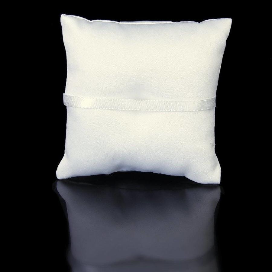 Ringkussen Wit met Fonkelende Diamanten-4