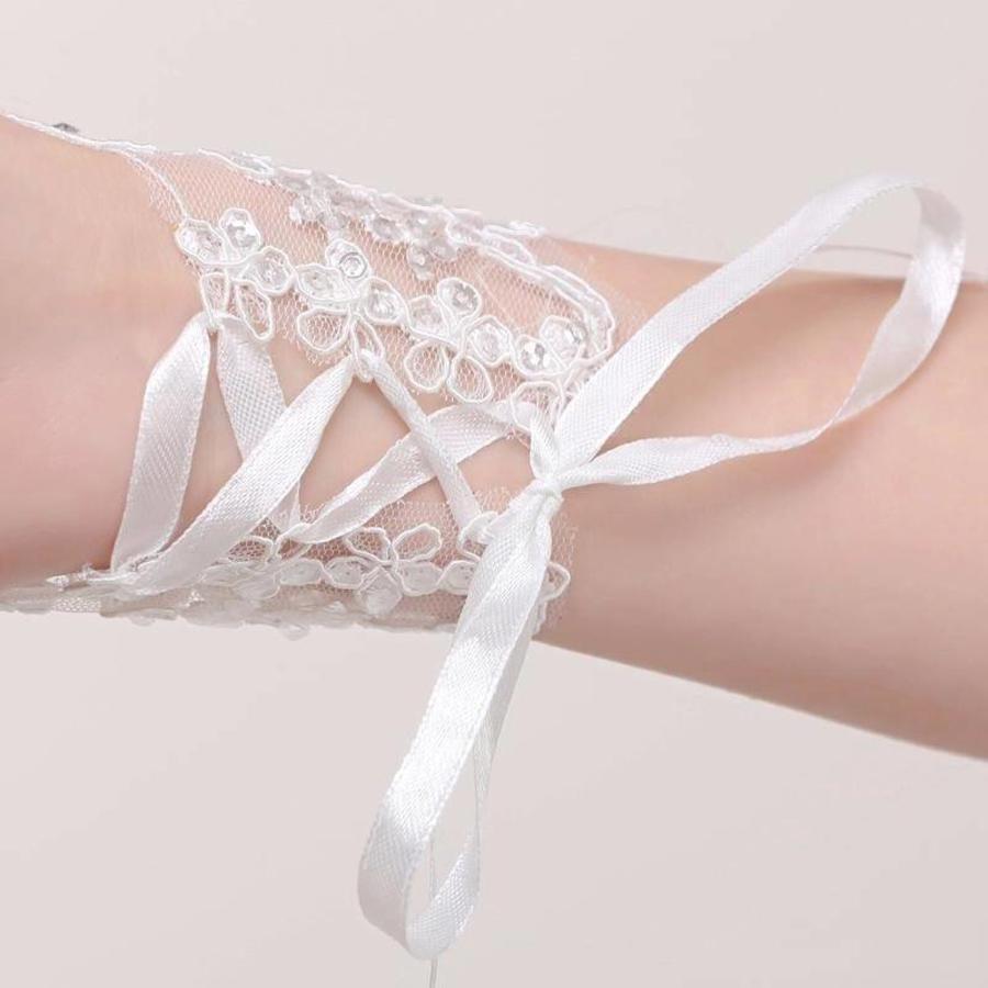 Elegante Witte Bruidshandschoenen-4