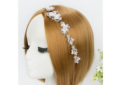 Elegant Haar Sieraad met Ivoorkleurige Parel Vlinders en Kristallen