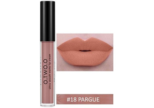 Soft Matte Lip Cream Lipstick - Color 18 Dark Nude