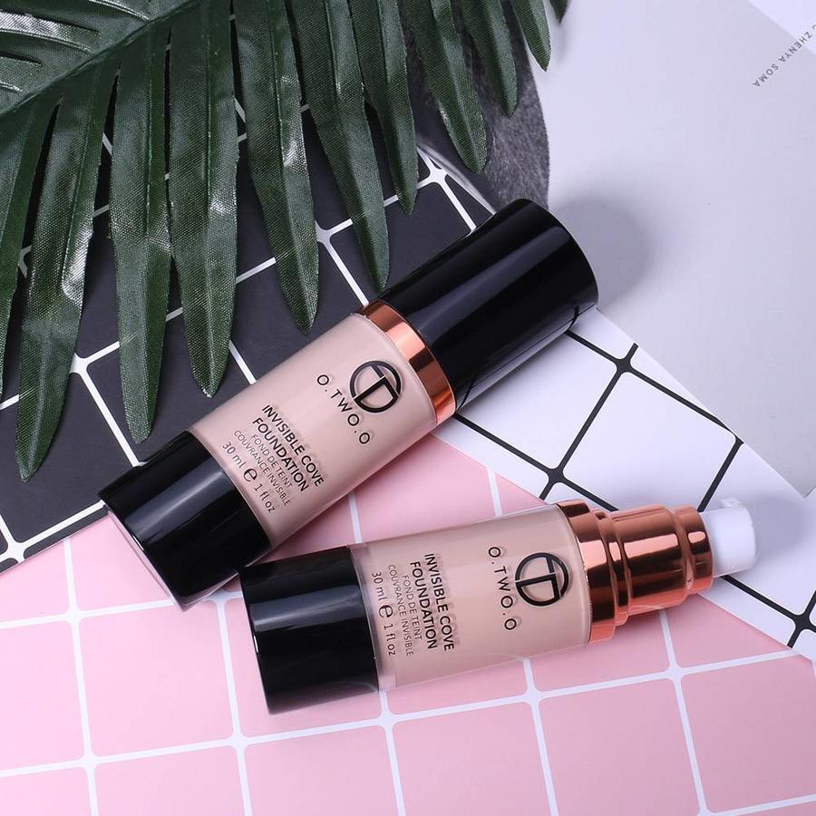O.Two.O - Fluid Foundation 24H Radiant - Color Natural Beige-10