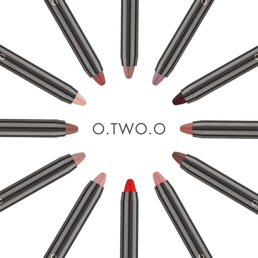 Crayon Matte Lipstick - Color 12 Ruby Red-6