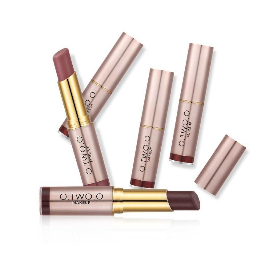 O.Two.O - Matte Lipstick Long Lasting - Color RGL20-8