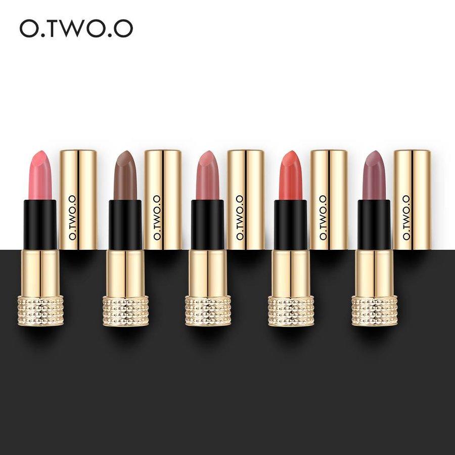Luxery Classics Soft Matte Lipstick - Color 3111A Noble-6