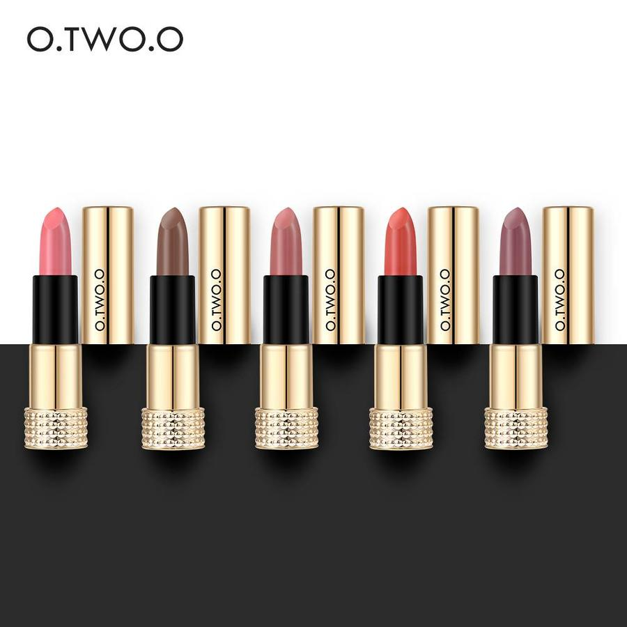 Luxery Classics Soft Matte Lipstick - Color 3112A Lolita-6