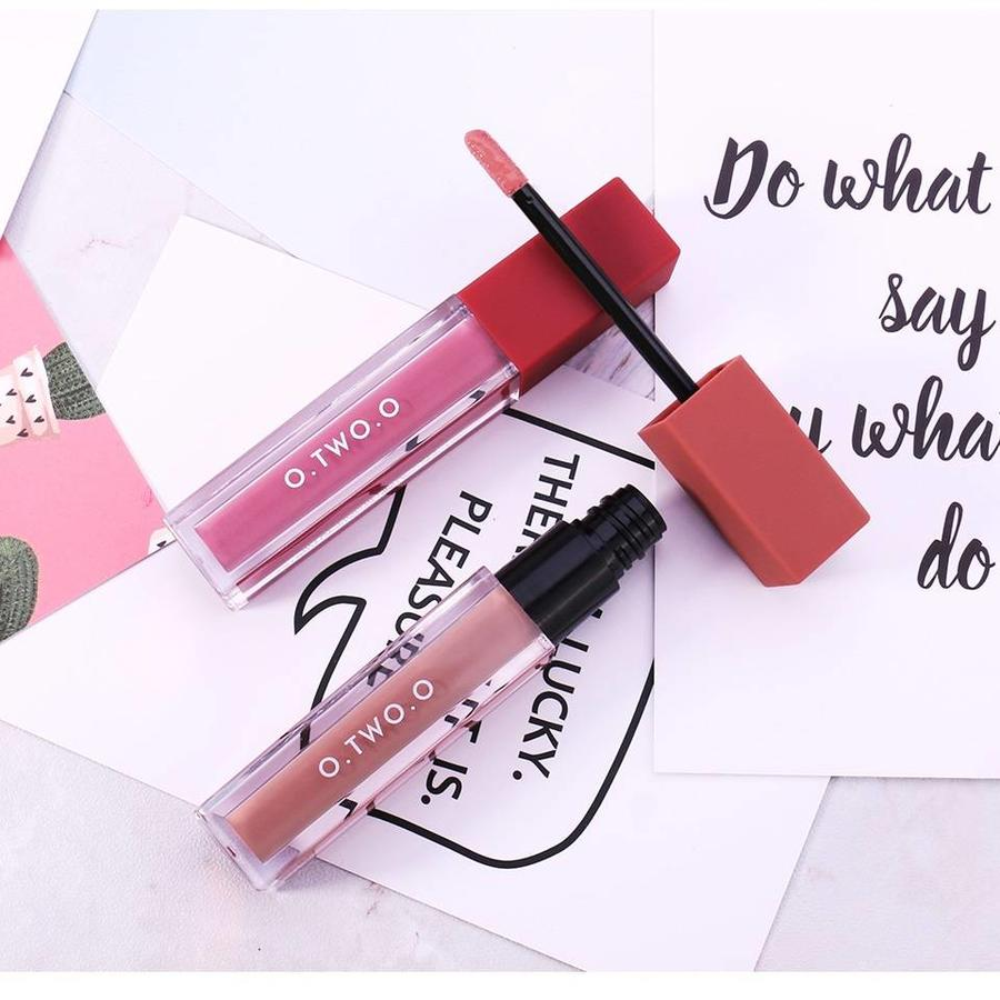 O.Two.O - Soft Matte Liquid Lipstick - Color VGL02-7