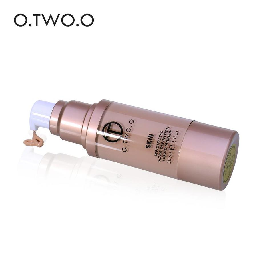 O.Two.O - Flawless Smooth Foundation - Color 3.0 Daylight-4