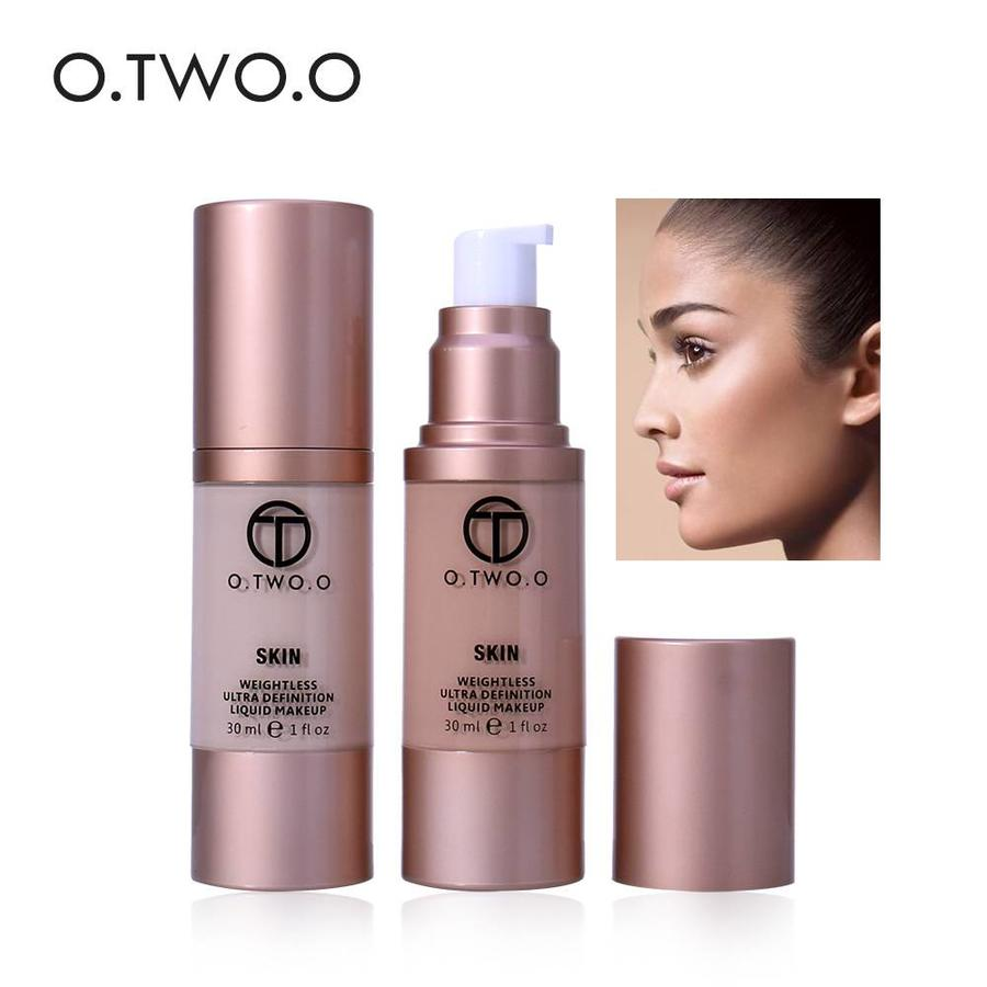 O.Two.O - Flawless Smooth Foundation - Color 3.0 Daylight-3