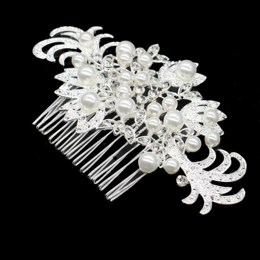 Haarkam bezet met fonkelende kristallen en ivoorkleurige parels-1