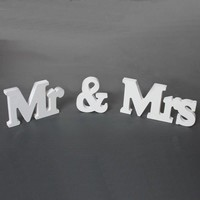 thumb-Mr & Mrs Letters - Bruiloft Decoratie-2