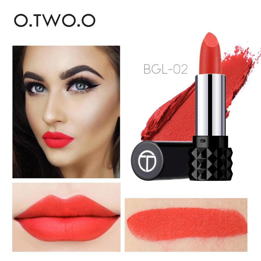 Magical Kiss Matte Lipstick - Color BGL 01-5