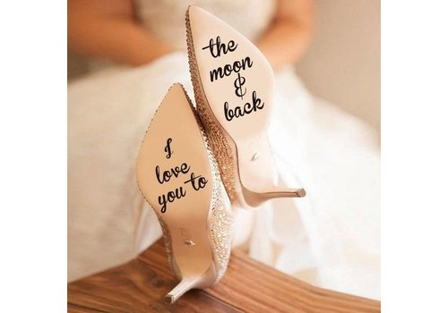 I Love You To The Moon And Back - Sticker - Zwart - 4 cm.