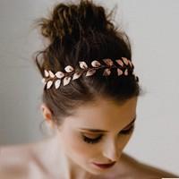 thumb-PaCaZa - Stijlvol Goudkleurig Haar Sieraad met Blaadjes-1