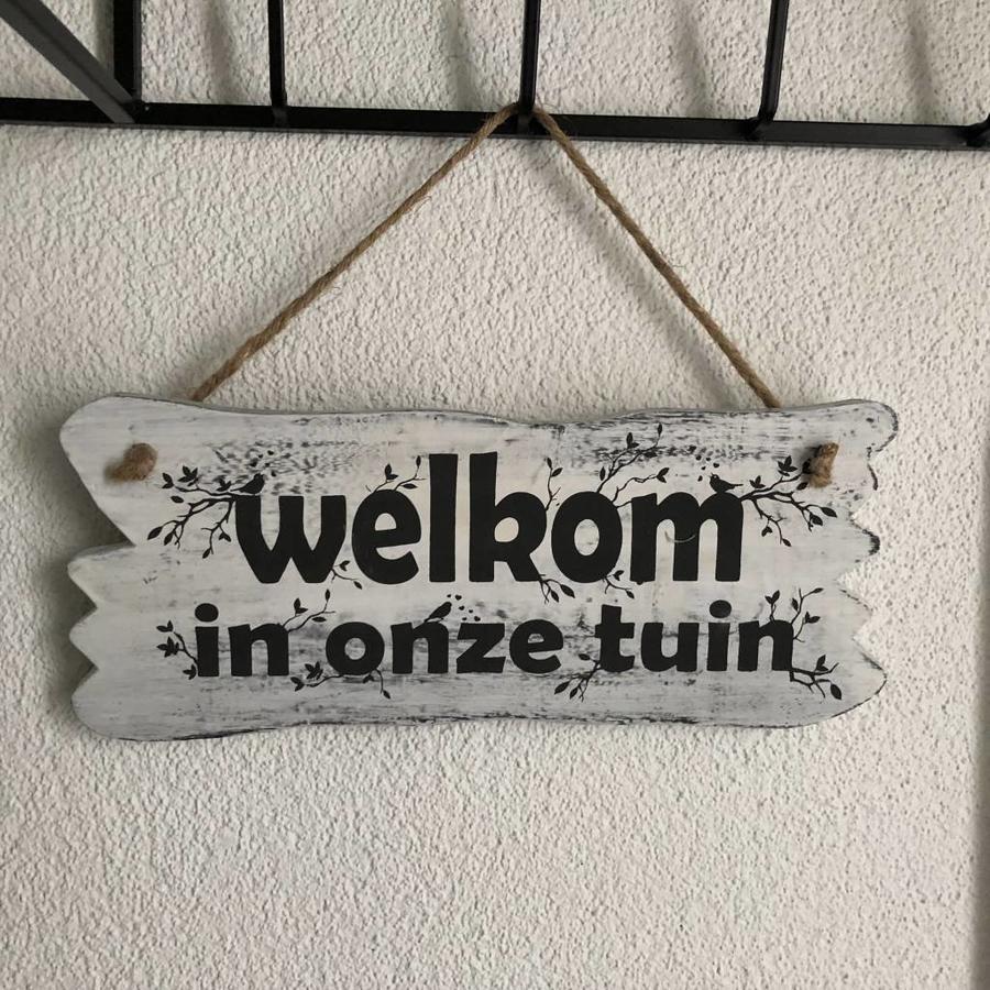 "BonTon - Houten Tekstplank / Tekstbord 22 x 30 cm ""Welkom in onze tuin"" - Kleur Antique White-2"