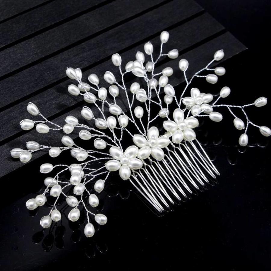 Stijlvolle Zilverkleurige Haarkam met Ivoorkleurige Parels-1