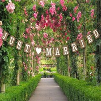 thumb-Just Married Slinger -  Bruiloft Decoratie-2
