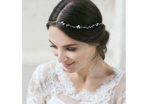 Stijlvol Zilverkleurig Haar Sieraad met Ivoorkleurige Parels en Kristallen