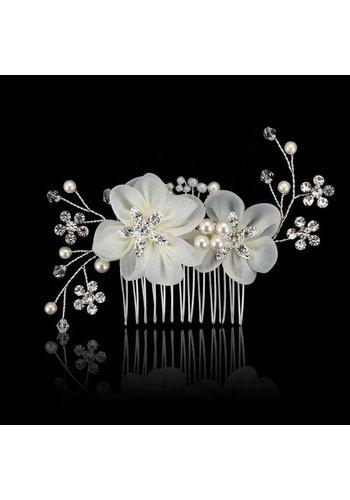 Elegante Zilverkleurige Haarkam met Ivoorkleurige Bloemen