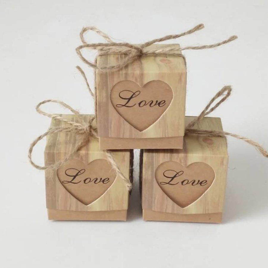 Geschenk doosjes / Cadeau doosjes - 50 stuks - Love-1