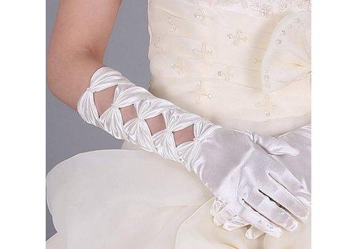 SALE - Prachtige Ivoorkleurige Bruidshandschoenen