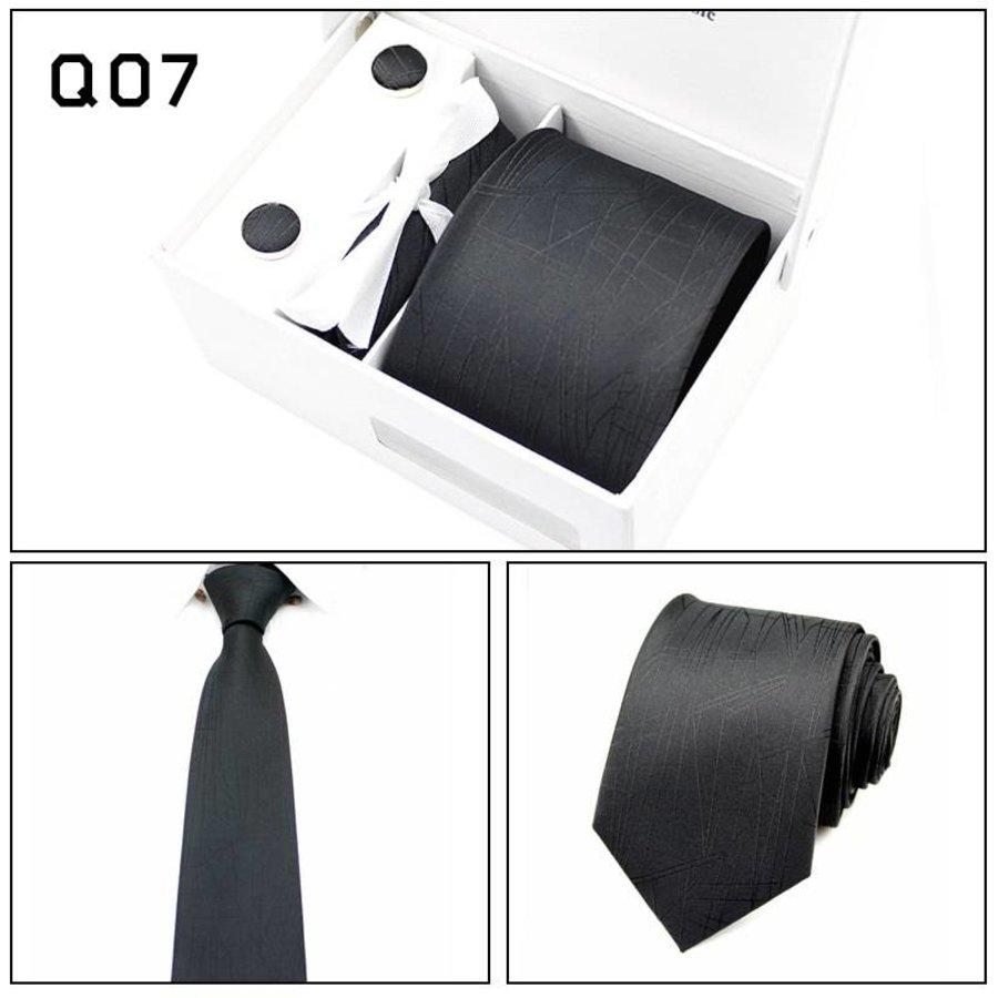 Elegante Stropdas Set in Geschenkdoos - inclusief Manchetknopen, Pochet en Dasspeld - Q07 -  Zwart-1