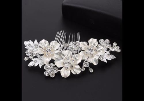 Zilverkleurige Haarkam met Bloemen en Kristallen