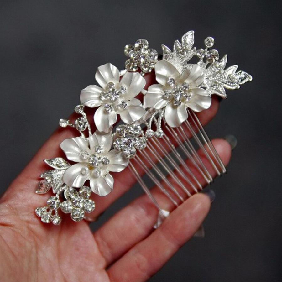 Zilverkleurige Haarkam met Bloemen en Kristallen-6