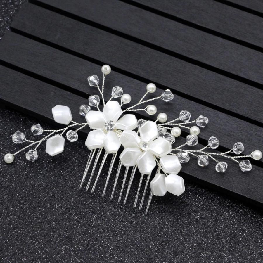 Stijlvolle Zilverkleurige Haarkam bezet met Ivoorkleurige Bloemen-1