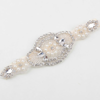 thumb-Haarband / Haar Sieraad met Fonkelende Kristallen en Ivoorkleurige Parels-2