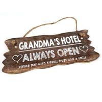 "BonTon - Houten Tekstplank / Tekstbord 12 x 30 cm ""Grandma's Hotel....Always Open"" - Kleur Naturel"