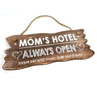 "BonTon - Houten Tekstplank / Tekstbord 12 x 30 cm ""Mom's Hotel....Always Open"" - Kleur Naturel"