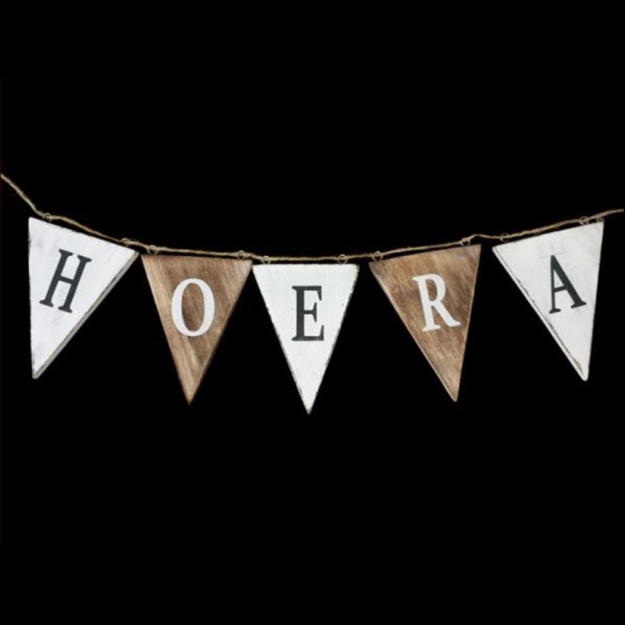 """Houten Vlaggetjes / Slinger 13x50cm -  """"Hoera'' - Kleur Naturel / White-1"""