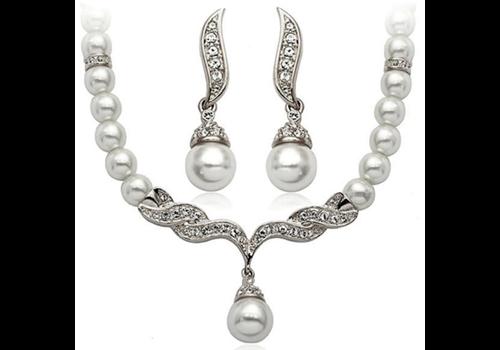 Zilverkleurige Sieraden Set Pearls (Ketting & Oorbellen)