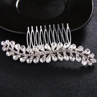 thumb-Fonkelende Zilverkleurige Haarkam bezet met Kristallen-2